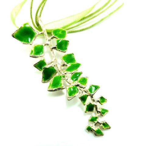 Collana foglia di Edera in argento e smalti verdi