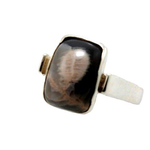 Anello in argento 925% e pietra adularia