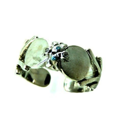 Anello stile orientale in argento, zirconi bianchi e celesti
