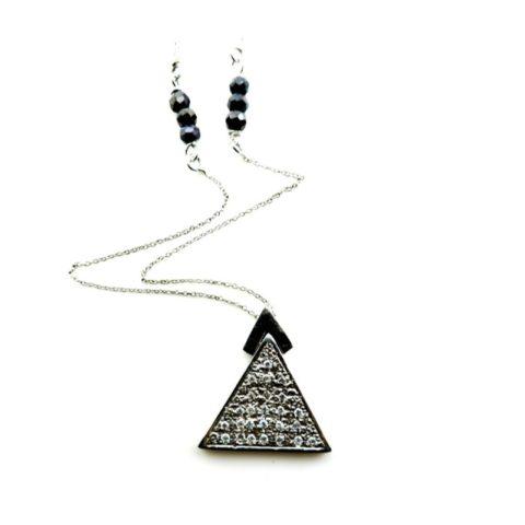 Ciondolo a triangolo in argento, zirconi e zaffiri
