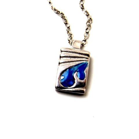 Ciondolo uomo in argento e smalti in resina blu e celeste