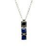 Collana in argento rodiato e pietra zaffiro blu