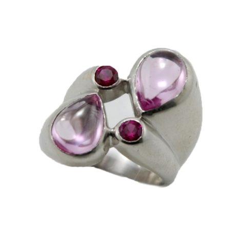 Anello in argento e pietra quarzo rosa